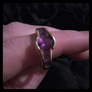 Jewelry - Amethyst and gold ring